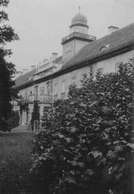 zámecká budova v roce 1935