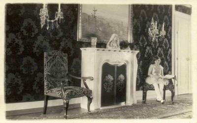 obytné místnosti v interiéru zámku v době před rokem 1945