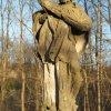 Stružná - socha sv. Jana Nepomuckého | poškozená vrcholová plastika světce - březen 2017