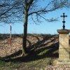 Žlutice - Spinkův kříž | Spinkův kříž nad Žluticemi při silnici do Štědré po celkové obnově - duben 2016