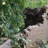 Žlutice - kaple Panny Marie | závěrová stěna zdevastované kaple Panny Marie - srpen 2002