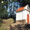 Žlutice - kaple Panny Marie | obnovená barokní kaple Panny Marie na vrchu Bellhübel nad Žluticemi - září 2016