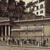 Karlovy Vary - Mlýnská kolonáda | pavilon Skalního pramene na polygrafii kolem roku 1895