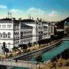 Karlovy Vary - Lázeňský dům (Lázně III) | Lázeňský dům na kolorované pohlednici z počátku 20. století