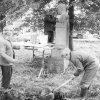 Protivec - busta Tomáše Garrigua Masaryka   úprava okolí pomníku v roce 1990