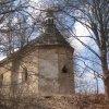 Bochov - kostel sv. Jakuba | zchátralý kostel sv. Jakuba od jihovýchodu - duben 2013