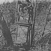 Vladořice - sousoší Piety | nakloněná plastika na počátku 21. století