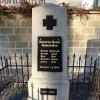 Hrušková - pomník obětem 1. světové války | přední strana pomníku padlým - březen 2014