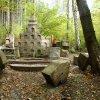 Radošov - kaple sv. Josefa   rozvalená pohřební kaple sv. Josefa u Radošova - říjen 2013