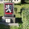 Jáchymov - pomník osvobození | pomník osvobození s čsl. státním znakem - říjen 2013