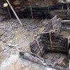 Záhořice - hradiště Vladař | roubené komory hráze pravěké cisterny odkryté archeologickým průzkumem v prostoru IV. předhradí v roce 2010 (foto denik.cz)