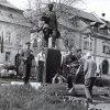 Žlutice - socha rudoarmějce   pomník během oslav osvobození Československa dne 9. května 1977