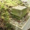Šemnice - socha sv. Jana Nepomuckého   dochovaný sokl podstavce sochy sv. Jana Nepomuckého na zděném kamenném pilíři - září 2014