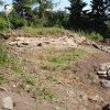 Bražec - hrad Kostelní Horka | vykácená plocha jádra bývalého hradu na Kostelní Horce během revizního archeologického výzkumu - červenec 2015