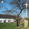 Semtěš - Modlův kříž | zchátralý pseudogotický kříž nazývaný Modlův kříž na okraji bývalé zahrady ve vsi Semtěš - duben 2016