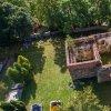 Víska - kostel sv. Petra a Pavla | letecký pohled na zříceniny vyhořelého kostela sv. Petra a Pavla na hřbitově nad osadou Víska - září 2016