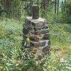 Poutnov - památník obětem 1. světové války | zadní strana centrální mohyly - červenec 2018