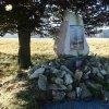 Ryžovna - pomník obětem 1. světové války | obnovený pomník obětem 1. světové války na původním místě u zbořeného kostela sv. Václava v Ryžovně - říjen 2013
