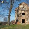 Verušičky - kaple Nejsvětější Trojice   vstupní západní průčelí kaple Nejsvětější Trojice ve Verušičkách - březen 2017