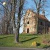 Verušičky - kaple Nejsvětější Trojice   rekonstruovaná kaple Nejsvětější Trojice ve Verušičkách od jihozápadu - březen 2017