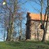 Verušičky - kaple Nejsvětější Trojice   jižní průčelí obnovované kaple Nejsvětější Trojice ve Verušičkách - březen 2017