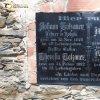 Kobylé - pamětní deska rodiny Totzauerů | pamětní deska rodiny Totzauerů na jižním průčelí farního kostela Povýšení sv. Kříže v Kobylé - duben 2016