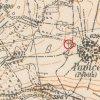Pávice - kamenný kříž   kamenný kříž na rozcestí u Pávic na výřezu mapy topografické sekce 3. vojenského mapování z 20. let 20. století