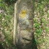 Žlutice - křížové kameny   horní pohled na prostřední kámen - duben 2012