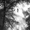 Luka - kostel sv. Vavřince | vstupní průčelí kostela v roce 1976