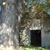 Vykmanov - kaple | torzo zdevastované kamenné kaple ve Vykmanově před celkovou obnovou - září 2013
