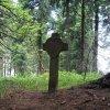 Boží Dar - kamenný kříž   kamenný kříž u Božího Daru - červen 2009