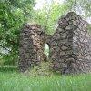 Tocov - kaple Nejsvětější Trojice   torzo kaple Nejsvětější Trojice u Tocova od jihovýchodu - červen 2010
