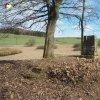 Dlouhá - pomník obětem 1. světové války | torzo zdevastovaného pomníku obětem 1. světové války v zaniklé vsi Dlouhá po vyřezání náletových křovin - duben 2018