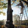 Dlouhá - pomník obětem 1. světové války | čištění pomníku padlým - říjen 2018