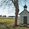 Zlatá Hvězda - kaple Panny Marie   vstupní severní průčelí obnovené obecní kaple Panny Marie v osadě Zlatá Hvězda - březen 2017