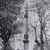 Jáchymov - sloup se sousoším Nejsvětější Trojice | sloup se sousoším Nejsvětější Trojice v Jáchymově na fotografii z roku 1913