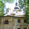 Toužim - kostel Narození Panny Marie | jižní průčelí kostela - červen 2010