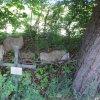 Děpoltovice - kaple sv. Jana Nepomuckého | pozůstatky kaple sv. Jana Nepomuckého - květen 2011
