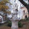 Andělská Hora - socha sv. Jana Nepomuckého   obnovená socha sv. Jana Nepomuckého na náměstí v Andělské Hoře - listopad 2009
