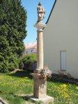 Žlutice - sloup se sochou sv. Alžběty   Žlutice - sloup se sochou sv. Alžběty