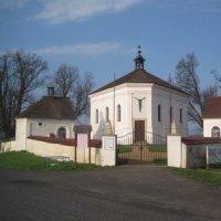 Andělská Hora - kostel Nejsvětější Trojice