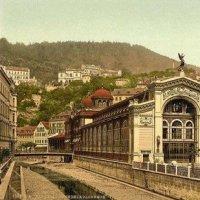 Karlovy Vary - litinová Vřídelní kolonáda
