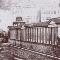 Karlovy Vary - empírová Vřídelní kolonáda