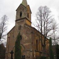 Boč - kostel sv. Václava a sv. Mikuláše