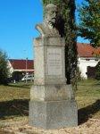 Protivec - busta Tomáše Garrigua Masaryka   Protivec - busta Tomáše Garrigua Masaryka