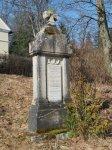 Hoštěc - pomník obětem 1. světové války   Hoštěc - pomník obětem 1. světové války