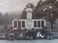 Pernink - pomník obětem 1. světové války   Pernink - pomník obětem 1. světové války