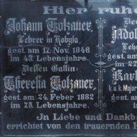 Kobylé - pamětní deska rodiny Totzauerů