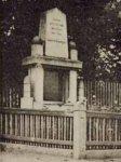 Hájek - pomník obětem 1. světové války   Hájek - pomník obětem 1. světové války