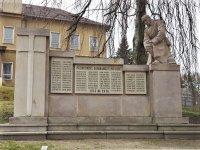 Bečov nad Teplou - pomník obětem 1. světové války   Bečov nad Teplou - pomník obětem 1. světové války